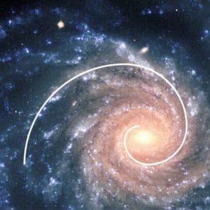 Spirale aurea in una galassia
